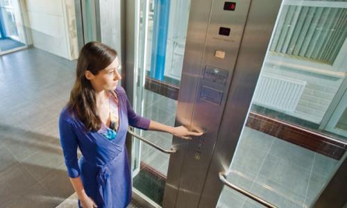 thang máy dùng điện 1 pha (phase)